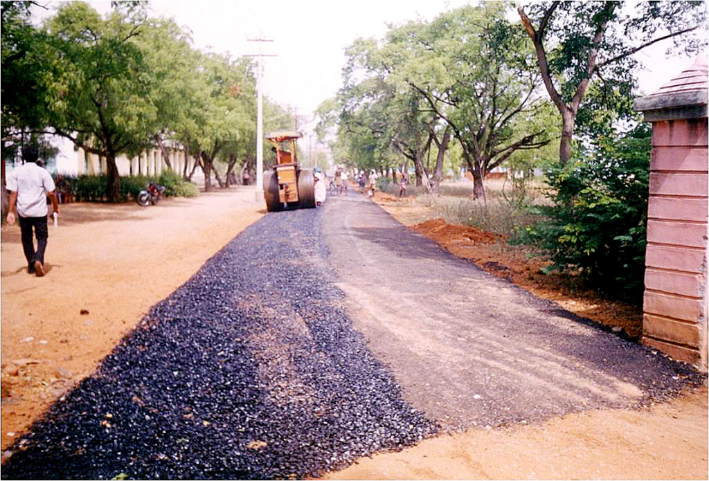 road laying